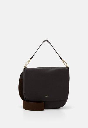 SCHULTERTASCHE ERNA  - Across body bag - dark brown