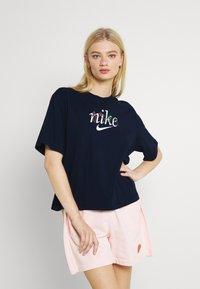 Nike Sportswear - BOXY NATURE - Print T-shirt - obsidian - 2