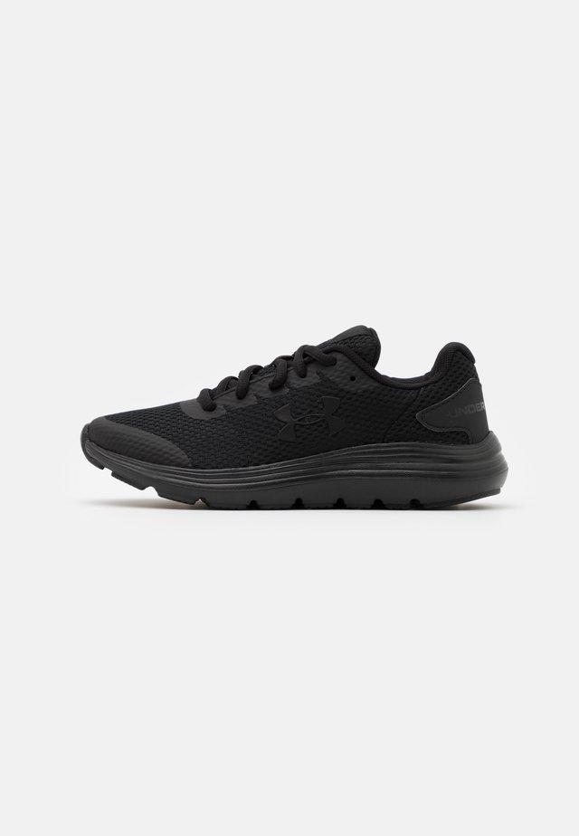 SURGE 2 UNISEX - Neutrální běžecké boty - black