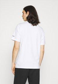 adidas Originals - PHOTO TEE - Print T-shirt - white - 2
