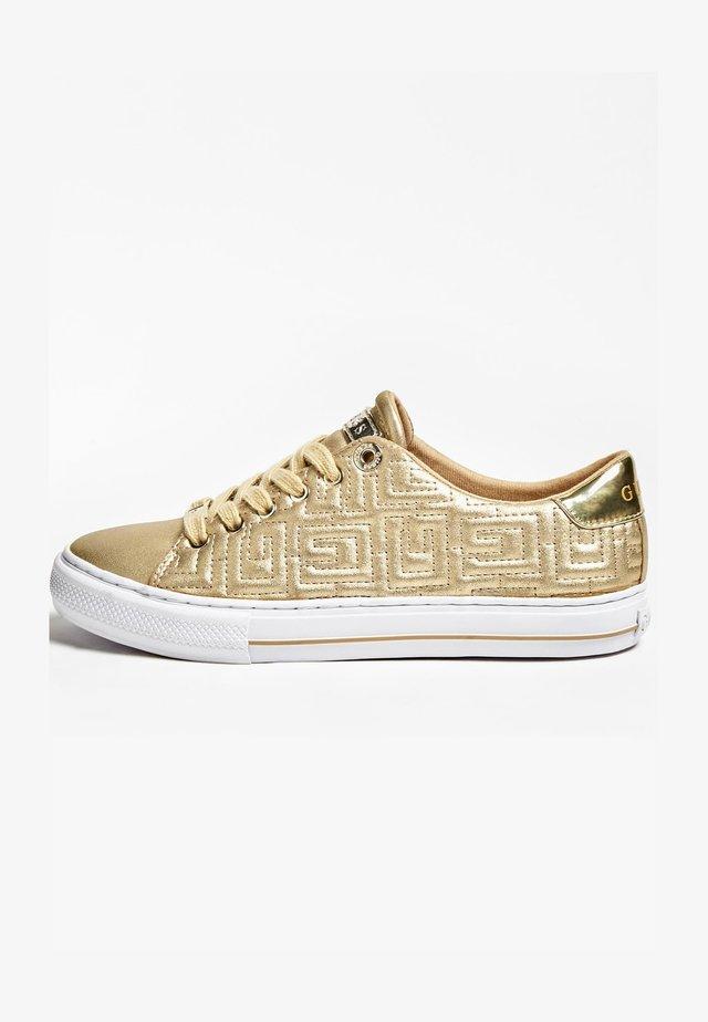 Sneakers laag - goldenfarbe