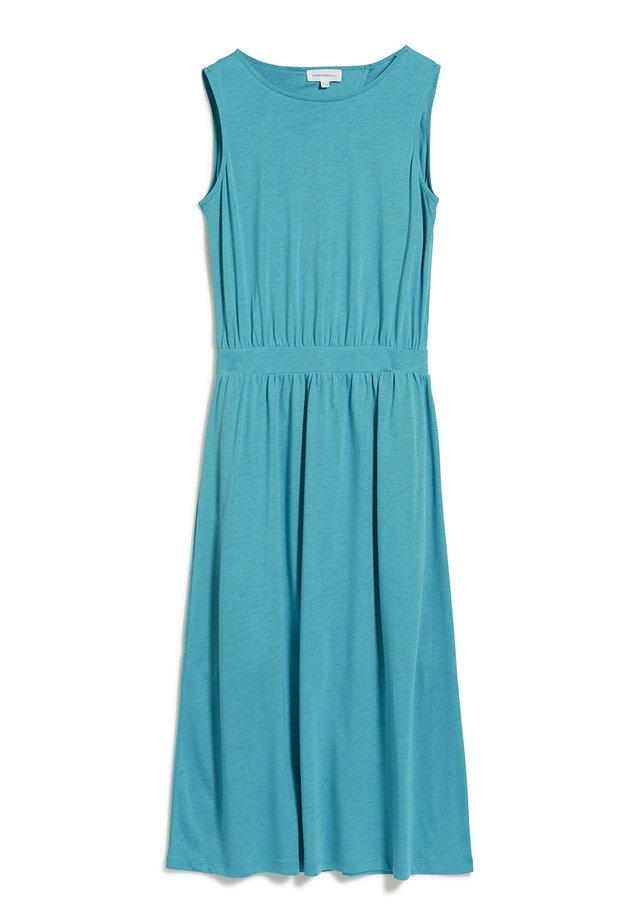LAMINAA - Jerseykleid - teal blue