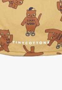 TINYCOTTONS - CATS SNOW JACKET - Zimní bunda - sand/brown - 4