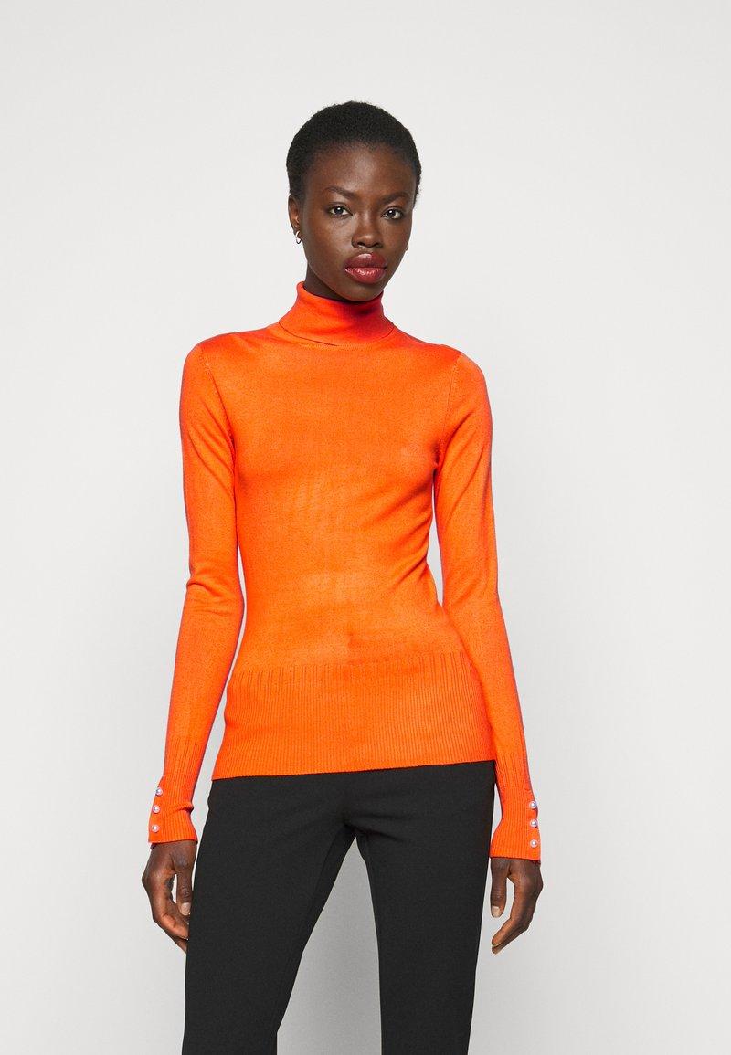 Dorothy Perkins Tall - PEARL BUTTON CUFF ROLL NECK - Jumper - orange