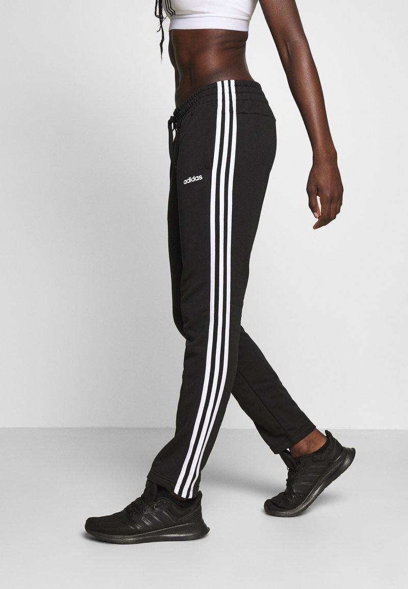 adidas Performance - ESSENTIALS 3STRIPES OPEN HEM SPORT PANTS - Träningsbyxor - black/white