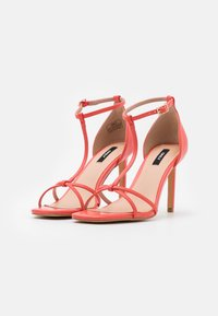 ONLY SHOES - ONLALYX T-BAR - Sandales - coral - 2
