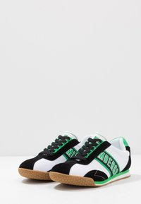 Bikkembergs - ENEA - Trainers - white/black/green - 2