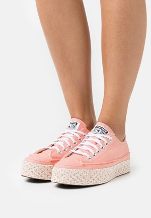 CHUCK TAYLOR ALL STAR PLATFORM - Zapatillas - pink quartz/white/natural ivory