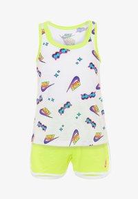 Nike Sportswear - SET - Top - lemon - 0