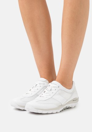 ROLLING SOFT  - Sneakers laag - weiß