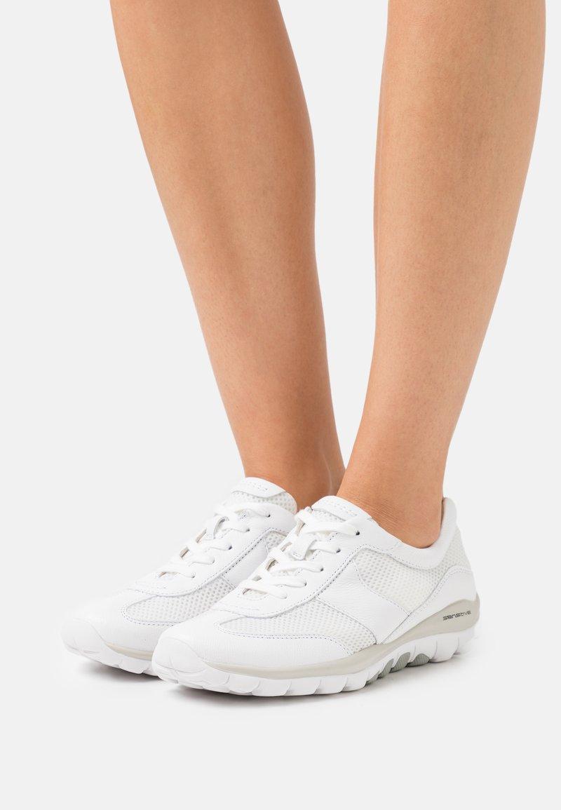 Gabor Comfort - ROLLING SOFT  - Sneakers laag - weiß