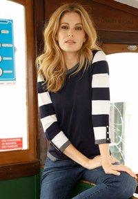 Laura Kent - Sweatshirt - marineblau,weiß - 3