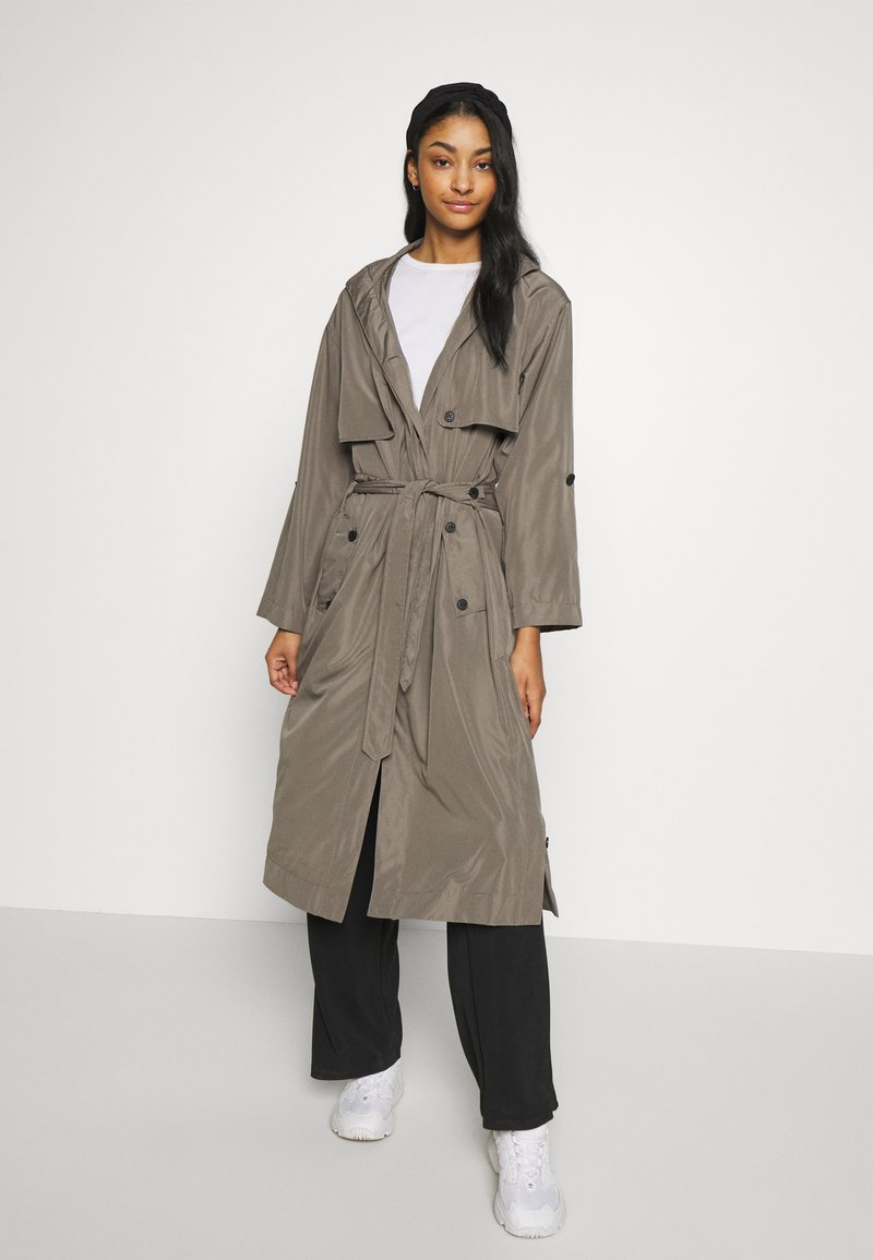 Superdry - CHINOOK FLYAWAY - Trench - bungee cord