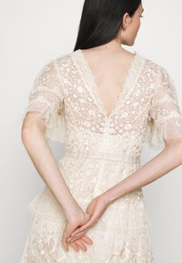 Needle & Thread - FRANCINE GOWN - Occasion wear - champagne/pink - 4
