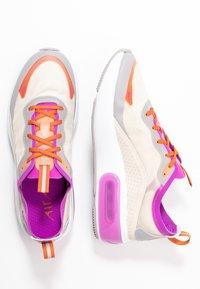 Nike Sportswear - AIR MAX DIA SE - Trainers - light orewood brown/hyper violet/starfish/atmosphere grey/light aqua - 3
