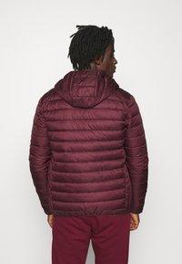 Ellesse - LOMBARDY - Light jacket - burgundy - 2