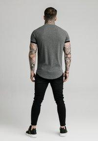 SIKSILK - RIB TECH - T-shirt basic - grey - 2