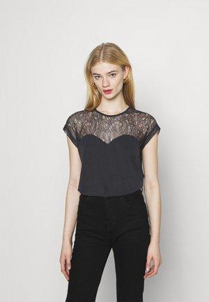 VMNEYA TOP  - T-shirts - black