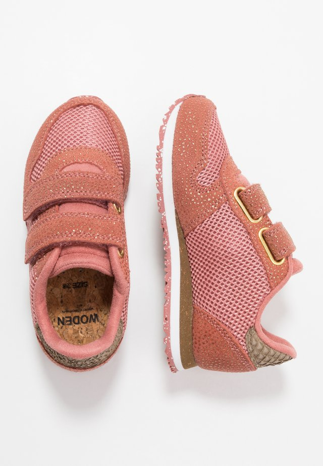 SANDRA - Sneakers laag - canyon rose