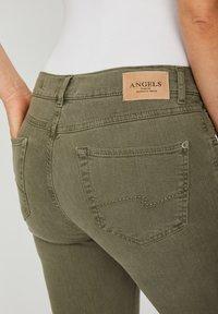 Angels - CICI - Slim fit jeans - khaki - 4
