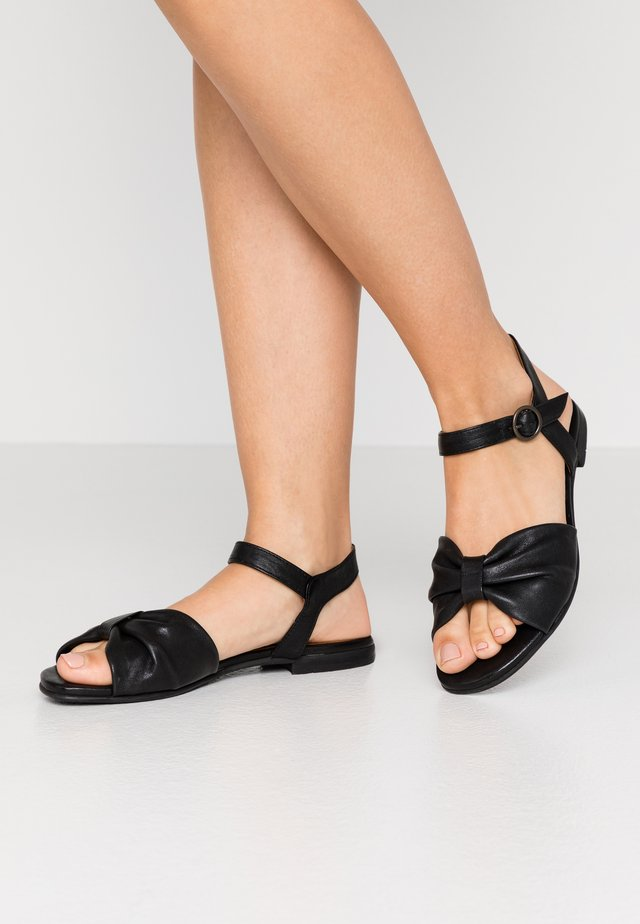 MATHILDA - Sandaler - black
