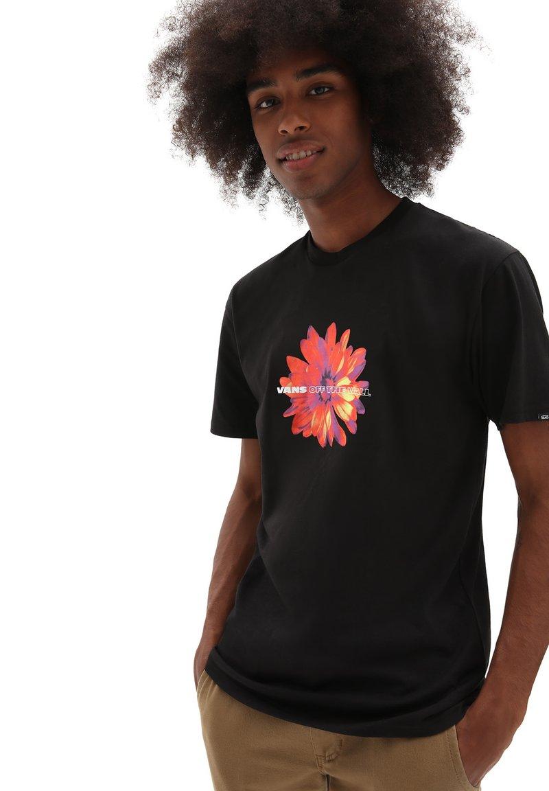 Vans - MN BLOOMING SS - T-shirt med print - black