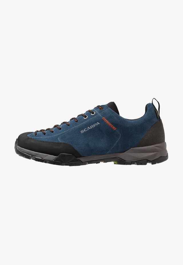 MOJITO TRAIL GTX - Trail running shoes - ocean