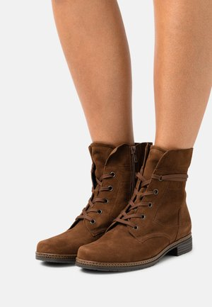 Veterboots - new whisky