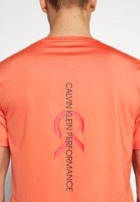 Calvin Klein Performance - SHORT SLEEVE - T-shirts print - red - 3