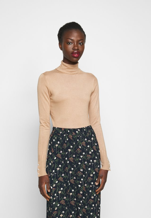 PEARL BUTTON CUFF ROLL NECK - Neule - oatmeal
