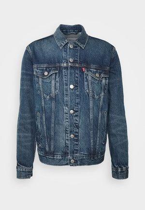 WELLTHREAD TRUCKER - Giacca di jeans - azurite indigo