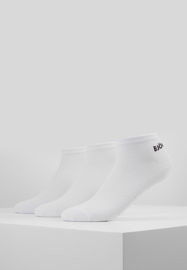 ESSENTIAL STEP SOCK 3PACK - Strømper - white