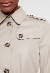 Tommy Hilfiger - HERITAGE SINGLE BREASTED - Prochowiec - medium taupe - 5