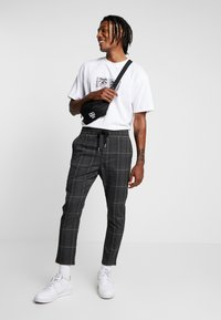 Only & Sons - ONSLINUS CHECK PANT - Trousers - almond - 1