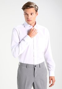 OLYMP Luxor - NEW KENT - Kostymskjorta - weiß - 0