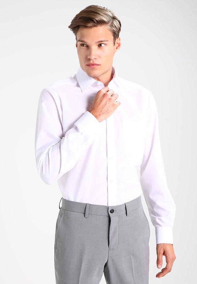 OLYMP LUXOR - Skjorter - weiß
