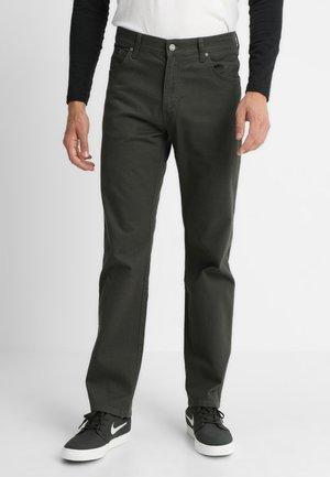 TEXAS - Straight leg jeans - moss green