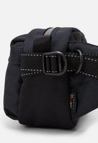 Peak Performance - BUM BAG - Bum bag - black - 3