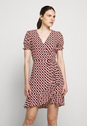 EMILIA - Denní šaty - orange