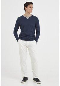 Blend - MENNIX  - Kalhoty - Offwhite - 1
