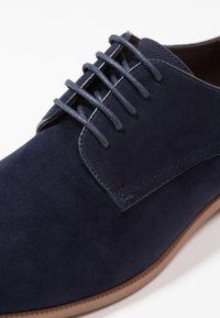 Zalando Essentials - Smart lace-ups - dark blue - 5