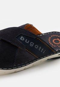 Bugatti - DARIO - Ciabattine - dark blue - 5