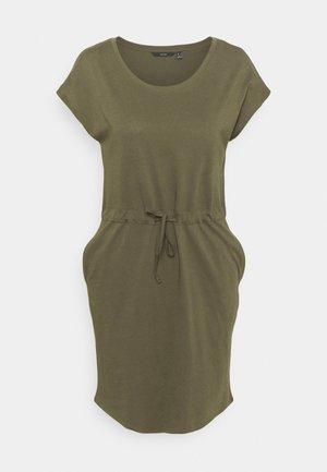 VMAPRIL SHORT DRESS - Sukienka z dżerseju - ivy green