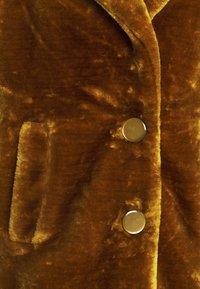 King Louie - AMY COAT ZOOT - Klasický kabát - brunette brown - 2