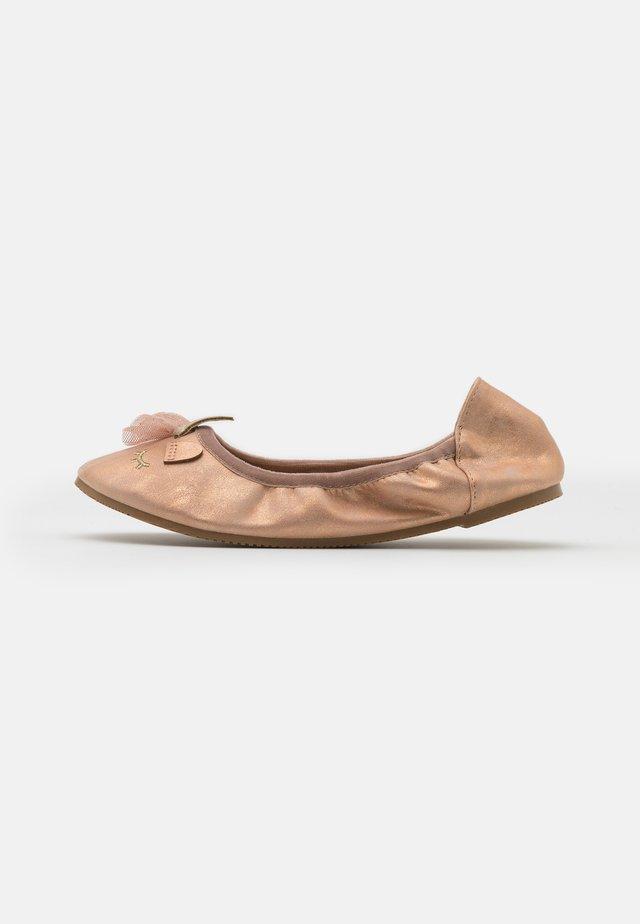 PRIMO FLAT - Ballerinasko - matte rose gold