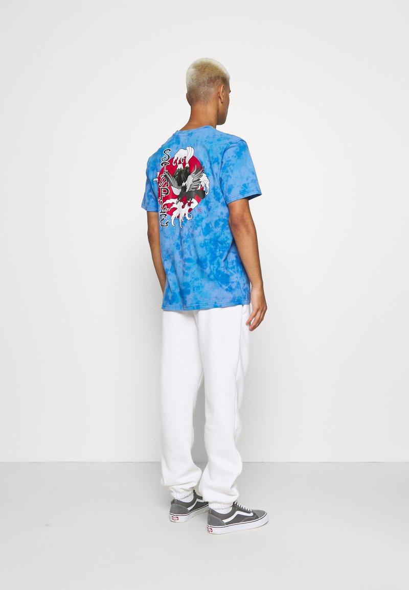 STAPLE PIGEON - LOGO TEE UNISEX - Print T-shirt - blue