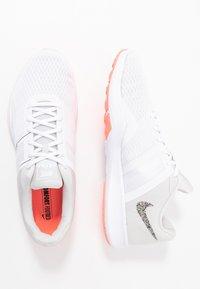 Nike Performance - CITY TRAINER 2 - Kuntoilukengät - white/vast grey/lava glow - 1