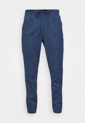 RIZETTA CROP PANTS - Tracksuit bottoms - ensign blue
