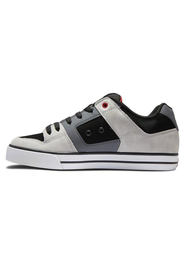 PURE - Skateschoenen - black/grey/red