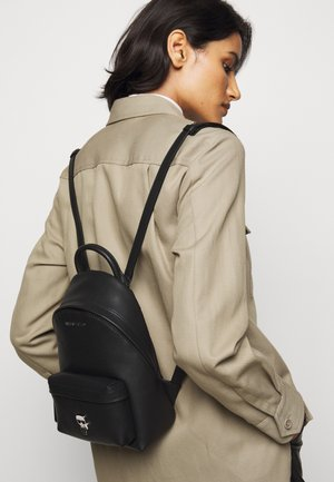 IKONIK PIN BACKPACK - Batoh - black